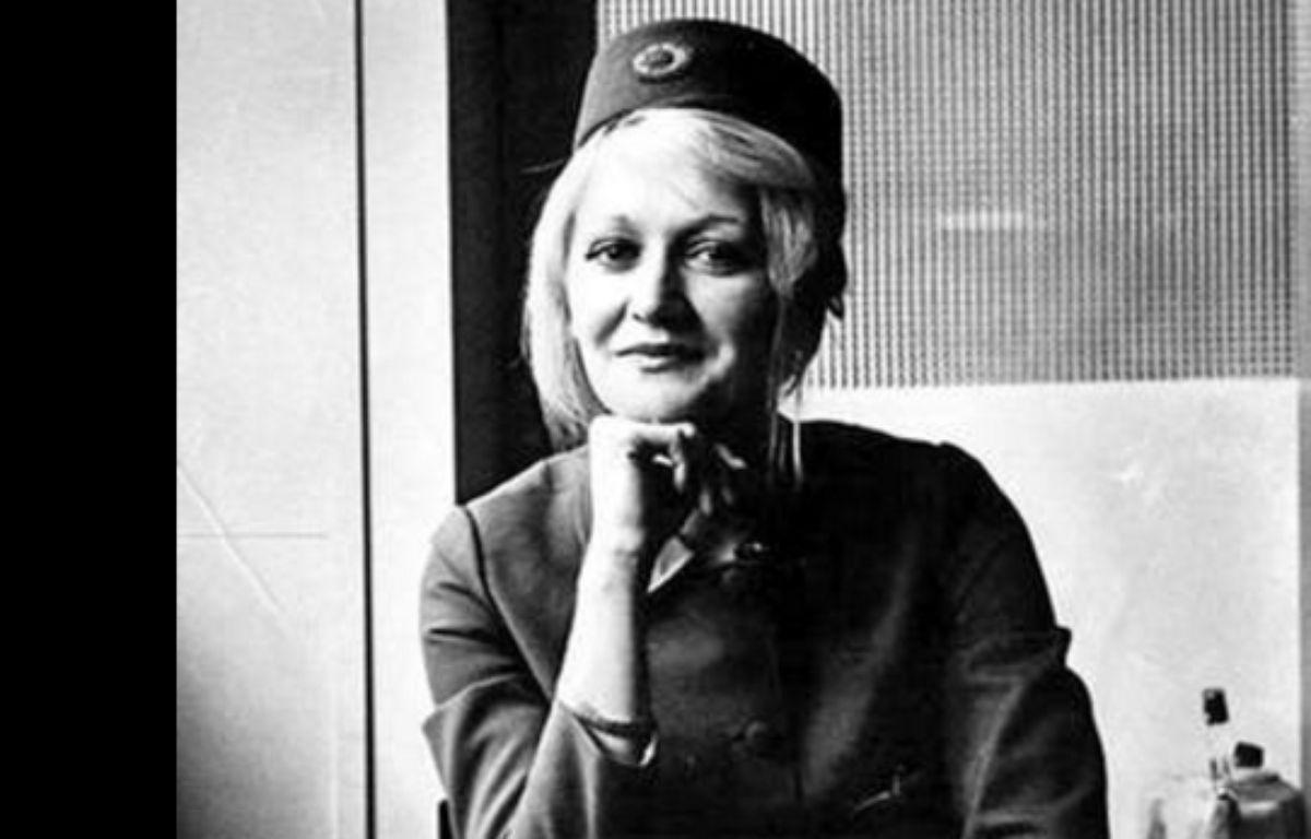 Vesna Vulovic, devenue héroïne nationale en Serbie après avoir survécu sans parachute à une chute libre de plus de 10 000 mètres suite à l'explosion de son avion en 1972, s'est éteinte à Belgrade ce 28 décembre 2016. – Twitter
