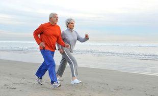 Trente minutes de sport par jour serait aussi bénéfique pour la santé que l'arrêt du tabac.