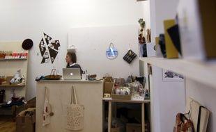 Un pop-up-store de Noël a ouvert rue Hoche à Rennes.