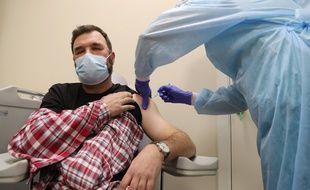 Aucun lien entre vaccin et décès a été prouvé