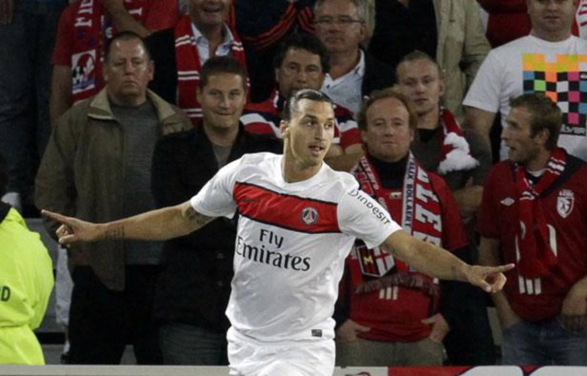 Zlatan Ibrahimovic célèbre son but face au Losc, au Grand Stade de Lille, le 2 septembre 2012. – REUTERS/Pascal Rossignol