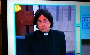 Capture d'un tweet qui montre une image de la télé espagnole où les internautes ont cru remarquer le sosie de François Hollande, le 21 juin 2013.