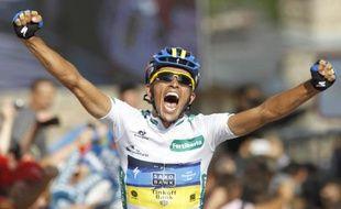 Le coureur espagnol de l'équipe Saxo Bank, Alberto Contador, lors de sa victoire sur la 17e étape de la Vuelta, le 5 septembre 2012.