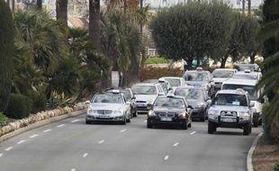 A Nice le 10 janvier 2013, entre 170 et 200 taxis ce sont retrouvé ce matin vers 8h à l'aéroport Nice Côte d'Azur pour une opération escargot.