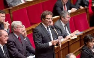 Le chef des députés UMP à l'Assemblée nationale, Christian Jacob (au micro), le 12 novembre 2014 à Paris.