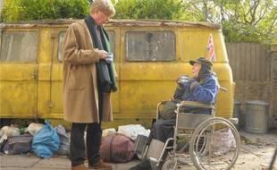 Maggie Smith et Alex Jennings dans The lady in the van
