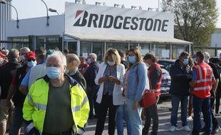Manifestation des employés de Bridgestone devant l'usine de Béthune, le 17 septembre 2020.