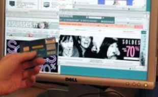 Photo prise le 12 janvier 2007 à Paris d'un écran  d'ordinateur affichant des sites internet de vente en ligne, deux jours  après le début des soldes. Les commerçants faisaient état ce jour de  ventes record dans les grands magasins et sur les sites internet.