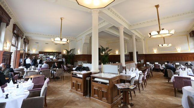 strasbourg la place de l 39 universit retrouve son caf mythique. Black Bedroom Furniture Sets. Home Design Ideas