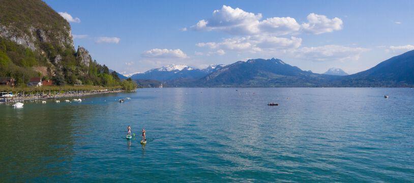 Photo d'illustration du lac d'Annecy, en avril 2021.