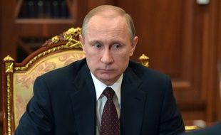 Vladimir Poutine, au Kremlin, à Moscou, sur une photo publiée le 10 mars 2015.