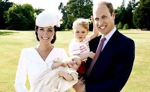 Les photos officielles du baptême de la princesse Charlotte ont été dévoilées le 9 juille 2015