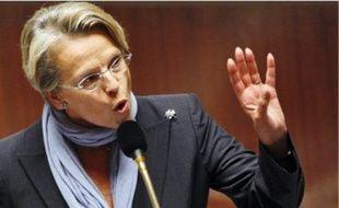 Michèle Alliot-Marie à l'Assemblée.