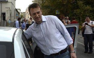 Alexeï Navalny à la sortie du tribunal le 14 août 2014 à Moscou