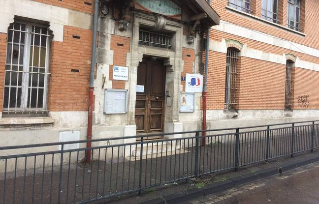 L'entrée de l'école Arenc Bachas à Marseille.