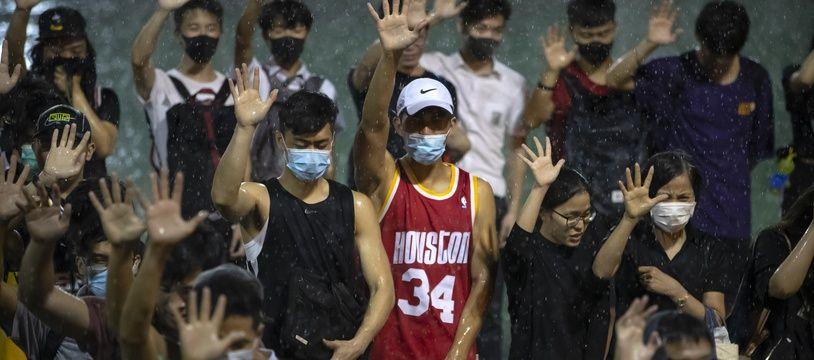Lors d'une manifestation à Hong Kong, le 15 octobre 2019.