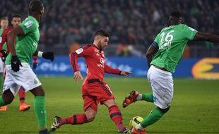 Jordan Ferri, ici aux prises avec Pogba et Bayal Sall dans le derby, assure avoir «faim de victoires» avant le match à Bastia samedi. PHILIPPE DESMAZES
