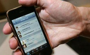 Un iPhone lors d'une présentation officielle, à Las Vegas, le 5 janvier 2010.          Un iPhone lors d'une présentation officielle, à Las Vegas, le 5 janvier 2010.