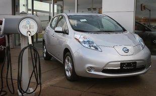 Une voiture électrique Leaf du constructeur Nissan est exposée le 3 décembre 2012 à Niles, aux Etats-Unis