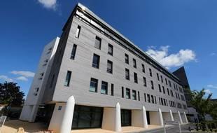 L'hôpital Sébastopol à Reims, où est hospitalisé Vincent Lambert depuis septembre 2008.
