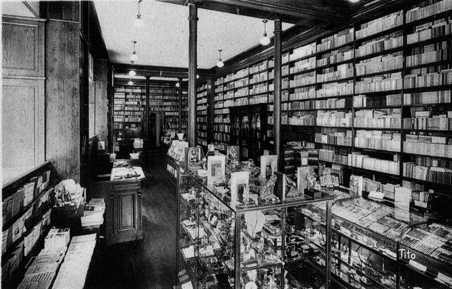 La librairie Mollat fête ses 20 ans d'existence. Le propriétaire actuel, Denis Mollat, appartient à la quatrième génération.