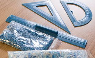 Des règles, équerres ou rapporteurs seront fabriqués avec le plastique issu des masques collectés, recyclés et valorisés à Meudon.