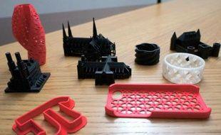 En quelques minutes ou quelques heures, l'impression 3D permet de façonner des objets d'une taille maximale de 15 x 15 cm.