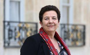 Frédérique Vidal dans la cour de l'Elysée, le 11 avril 2018.