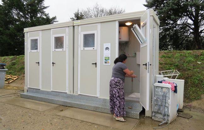 Des sanitaires installés sur le site aménagé quartier Atout-sud.