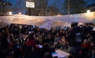 Rassemblement du mouvement Nuit debout sur la place de la République à Paris, le 22 avril 2016