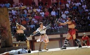 Le Signe du triomphe, spectacle de gladiateurs et de chars dans une arène, est l'un des spectacles phares du Puy du Fou.