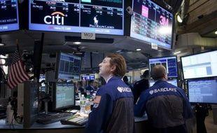 L'indice composite des indicateurs économiques américains a rebondi en mai mais il est le signe que la croissance aura du mal à gagner de l'élan dans les mois à venir, a indiqué jeudi le Conference Board.