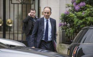 Jean-François Copé à la sortie de son domicile le 27 mai 2014 à Paris