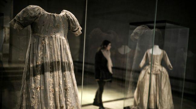 Le musée des Tissus de Lyon est finalement sauvé. La région Rhône-Alpes prend en main l'avenir du lieu.  – J. Pachoud / AFP