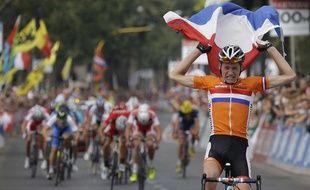 Le coureur néerlandais Mathieu Van der Poel, lors de sa victoire aux championnats du monde juniors, le 28 septembre 2013 à Florence.
