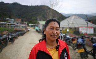Celia Umenza, activiste environnementale, issue de la tribu Nasa, qui lutte contre la déforestation, les monocultures prédatrices et l'exploitation minière illégale dans le sud-ouest de la Colomnbie, prise en photo le 7 septembre 2021.