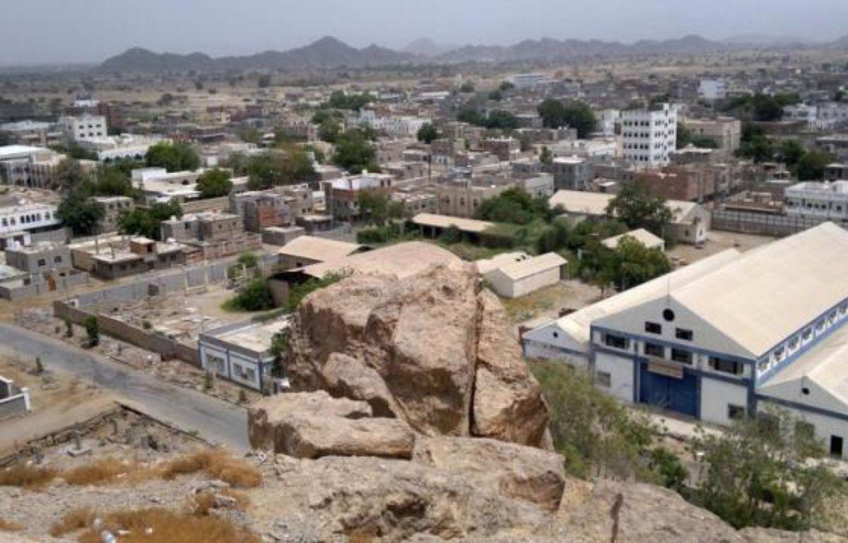 Un attentat suicide a ensanglanté la ville de Jaar quelques jours après une attaque contre l'armée, faisant craindre un retour d'Al-Qaïda dans les centres urbains du sud du Yémen où un déploiement des forces de sécurité se fait attendre. –  afp.com