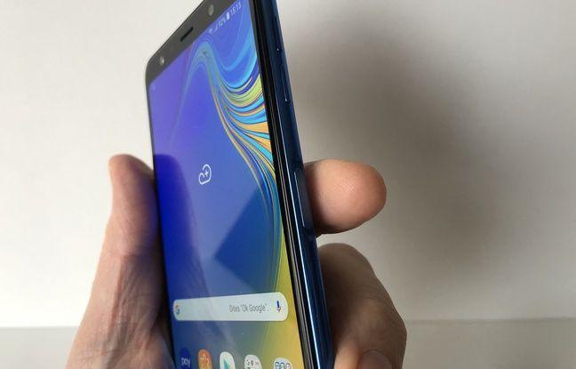 Le lecteur d'empreinte digitale du Galaxy A7, placé sur le coté du terminal.