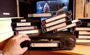 Illustration d'une cassette VHS dans un magnétoscope