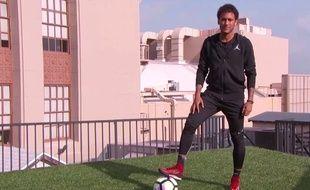 Nouveau terrain pour Neymar.