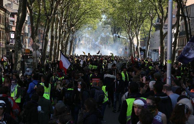 VIDEO. «Gilets jaunes» à Toulouse: Des milliers de manifestants, deux journalistes blessés et 21 interpellations