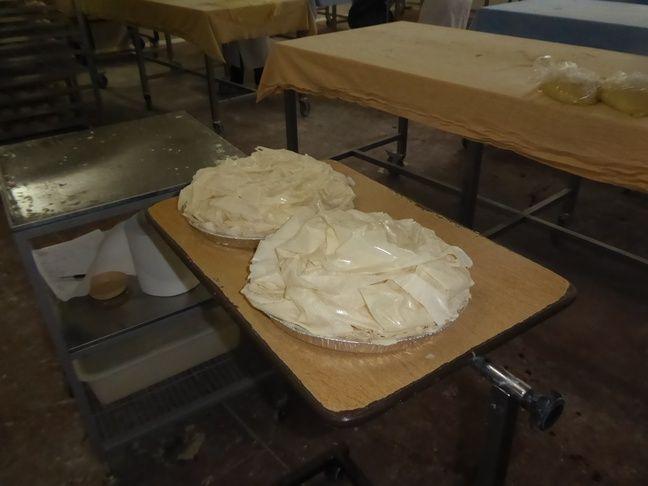 Le pastis gascon, avant la cuisson au four.