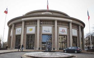 La façade du Conseil économique social et environnemental à Paris.