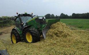 La loi d'avenir de l'agriculture vise à donner une orientation plus écologique à ce secteur.