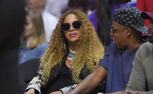 Les jumeaux de Beyoncé seraient en photothérapie