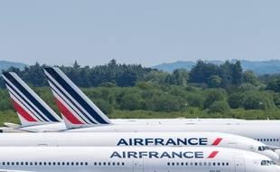 Des avions Air France posés sur le tarmac d'un aéroport (image d'illustration).