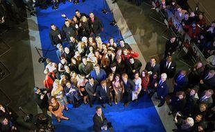 Le 4 février 2016, Ben Stiller prend un selfie lors de l'avant-première de «Zoolander 2» à Londres, avec une perche de plus de 8 mètres de long.