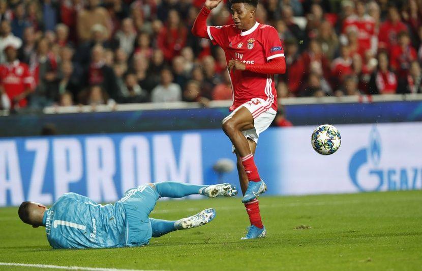 Benfica-OL: Une terrible boulette d'Anthony Lopes punit un petit Lyon