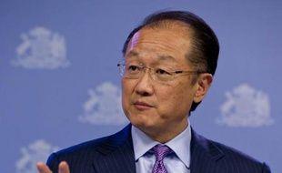 """La Banque mondiale (BM) a appelé mardi à mettre un terme aux querelles """"stupides"""" sur la réalité du changement climatique et à passer à l'action face à l'onde de choc du typhon aux Philippines."""