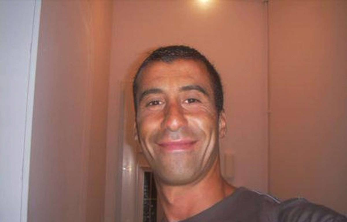 Ahmed Merabet, 42 ans, froidement abattu mercredi midi boulevard Lenoir. – REX/REX/SIPA